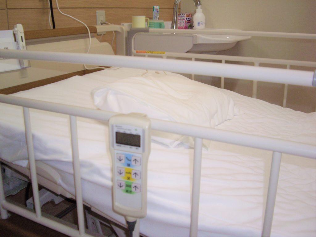 電動介護用ベッド